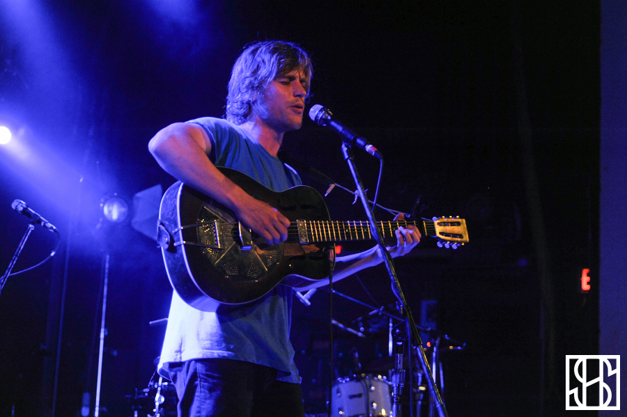 Johnny Flynn-1