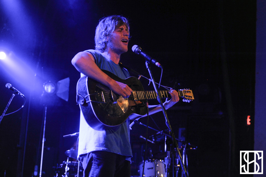 Johnny Flynn-2