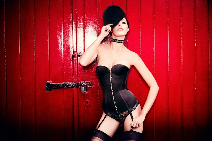 Agent Provocateur Fall Winter 2015 Campaign-20
