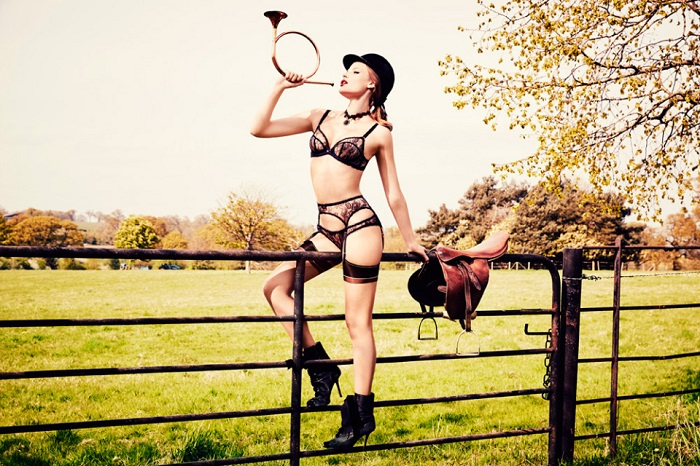 Agent Provocateur Fall Winter 2015 Campaign-9