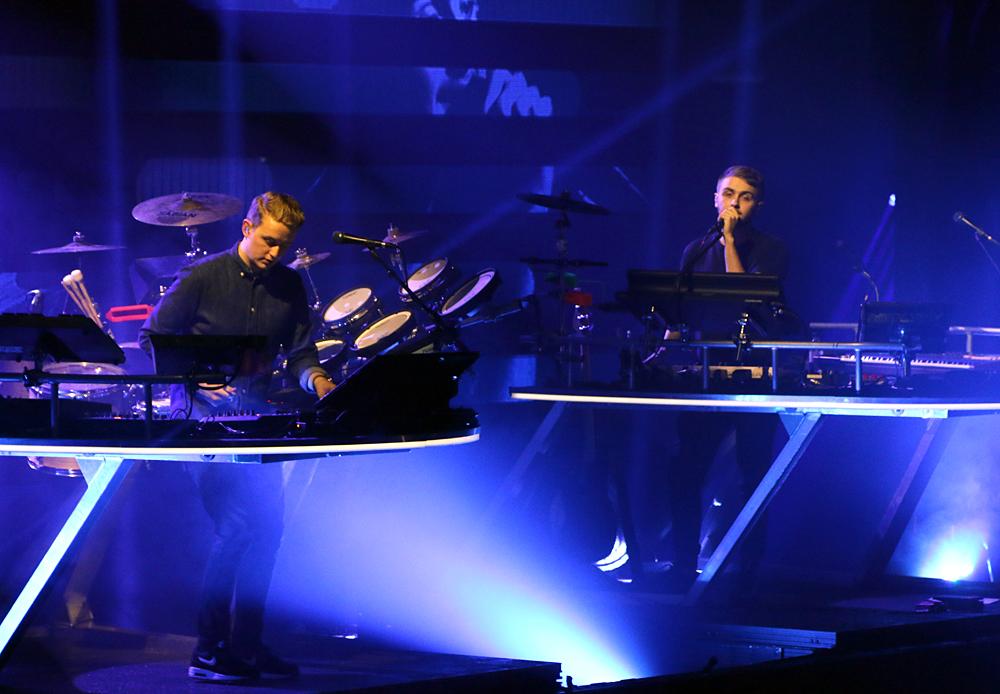 Disclosure-Apple-Music-Festival-2015-London