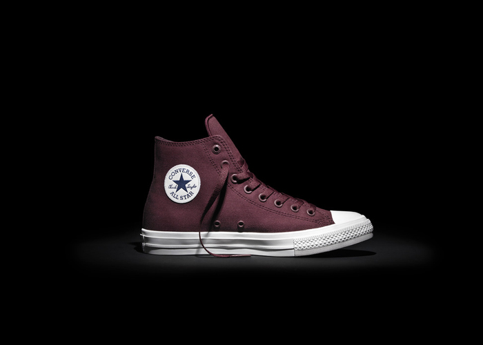 Converse_Chuck_Taylor_All_Star_II_-_Maroon_detail