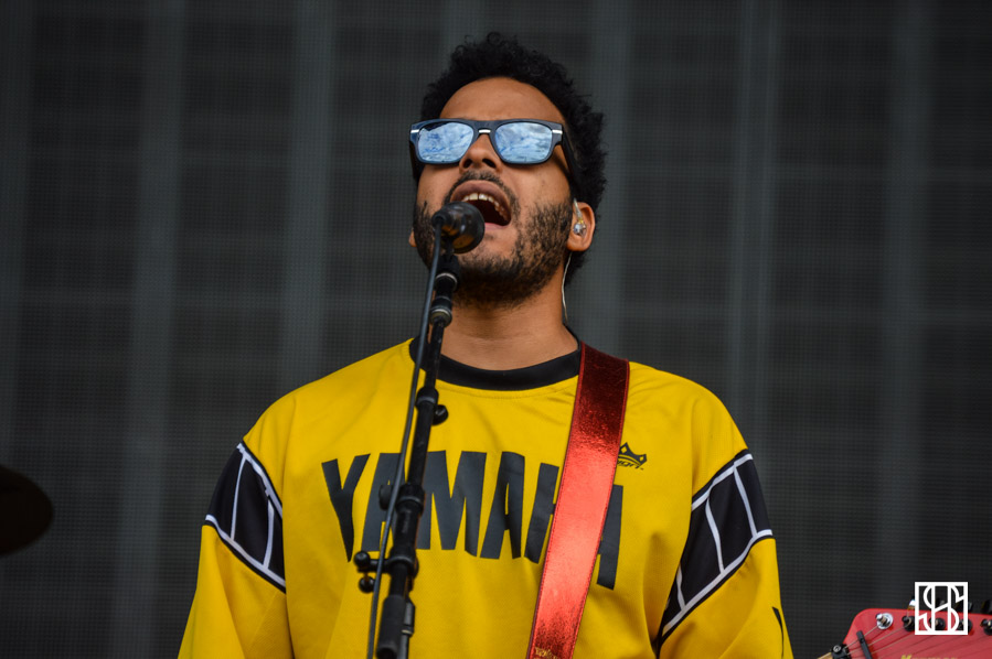 twin-shadow-landmark-fest-dc-2015-1