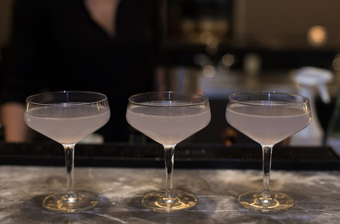 Cocktail-Hour-Yoyogi-Kasa-Moto