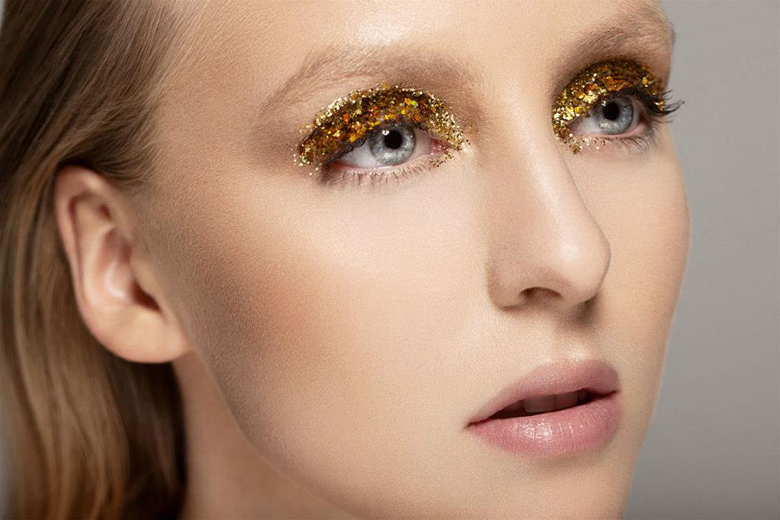 Beauty How To Gilded Lids