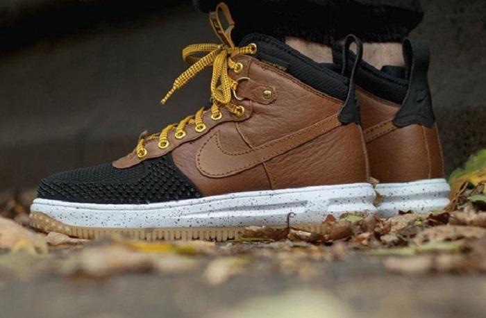 Nike Lunar Force 1 Sneakerboot in 'British Tan'-2