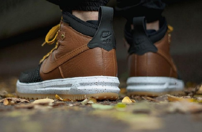 Nike Lunar Force 1 Sneakerboot in 'British Tan'-3