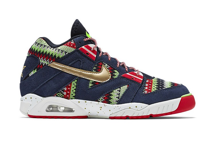 Nike Unveils their Christmas 2015 Pack-1