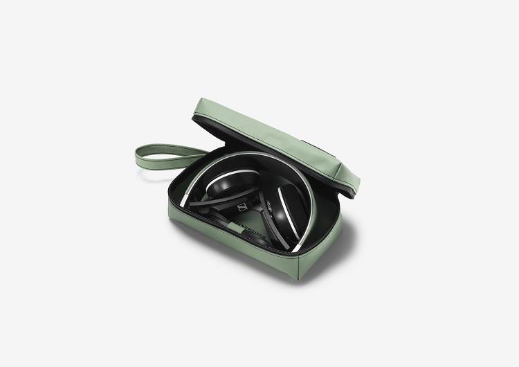 F703 SENNHEISER x FREITAG Limited Edition Headphones-6