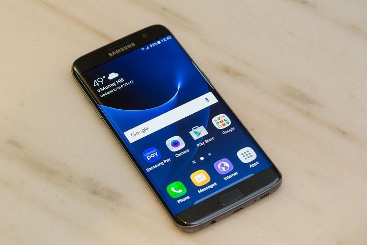 Samsung Unveils the Galaxy S7 & S7 Edge Smartphones-3
