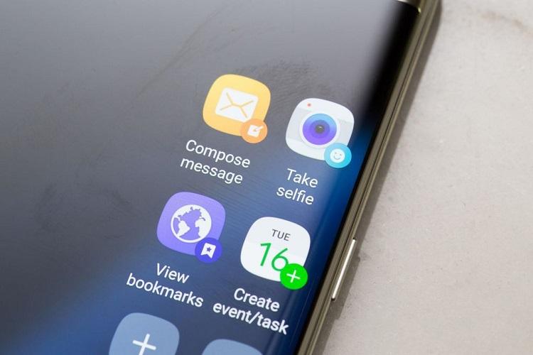 Samsung Unveils the Galaxy S7 & S7 Edge Smartphones-6