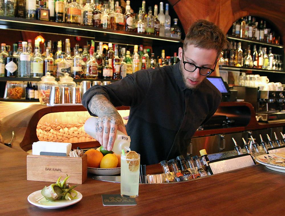 Bar Ravel Fury Robin Goodfellow bartender