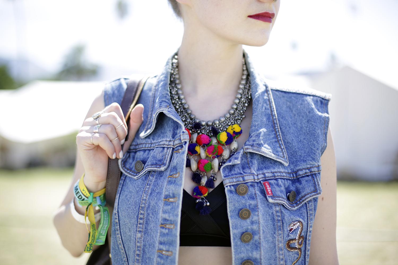 Coachella 2016 Outfit2 Neckline
