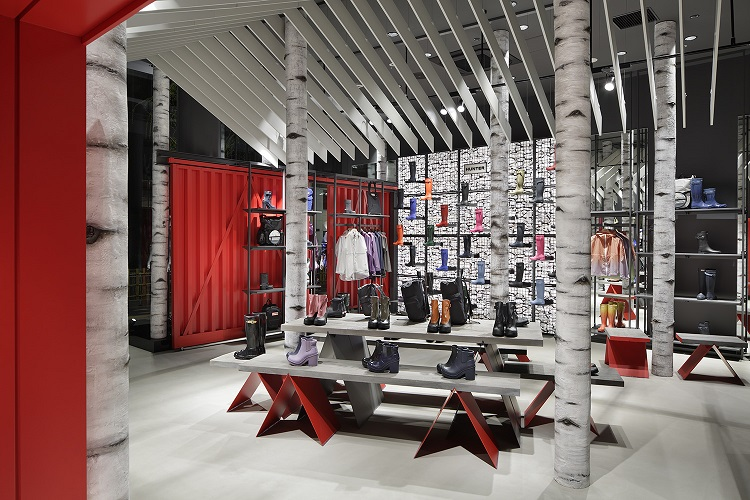 Hunter Opens Second Flagship Store in Tokyo-2