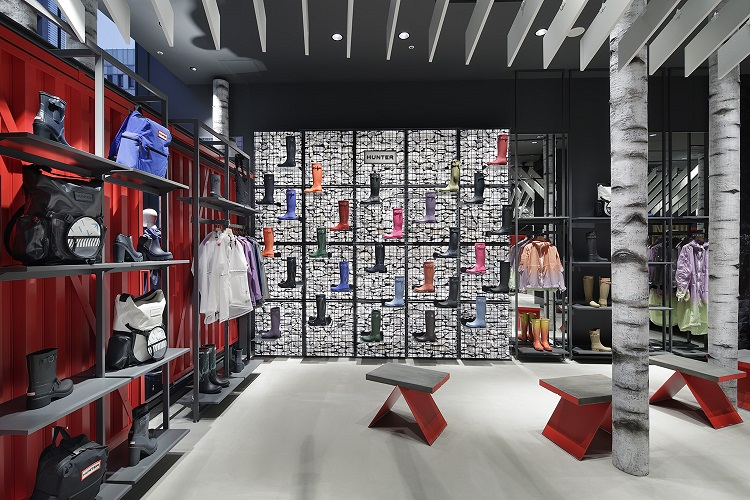 Hunter Opens Second Flagship Store in Tokyo-3