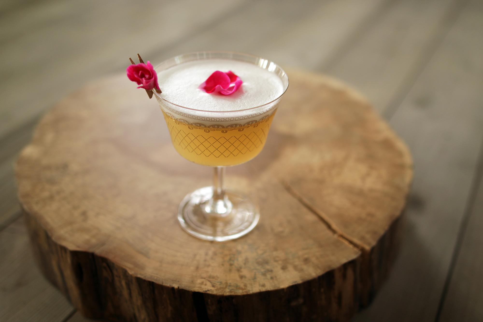 Rose Gin Fizz