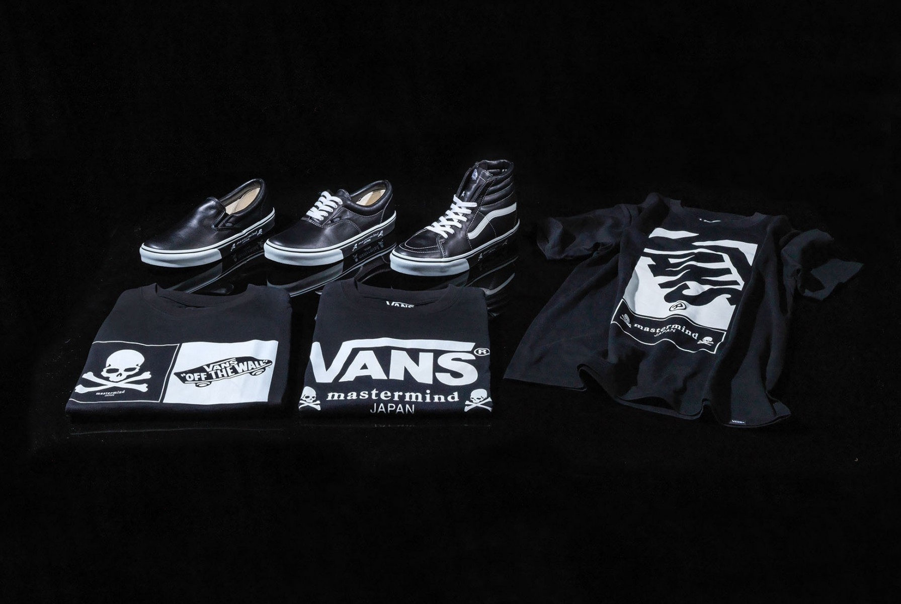 aca5ead30f0e5d mastermind JAPAN x Vans Capsule Collection 2