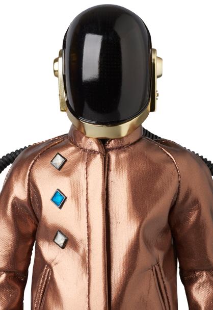Daft-Punk-V2-Discovery-002