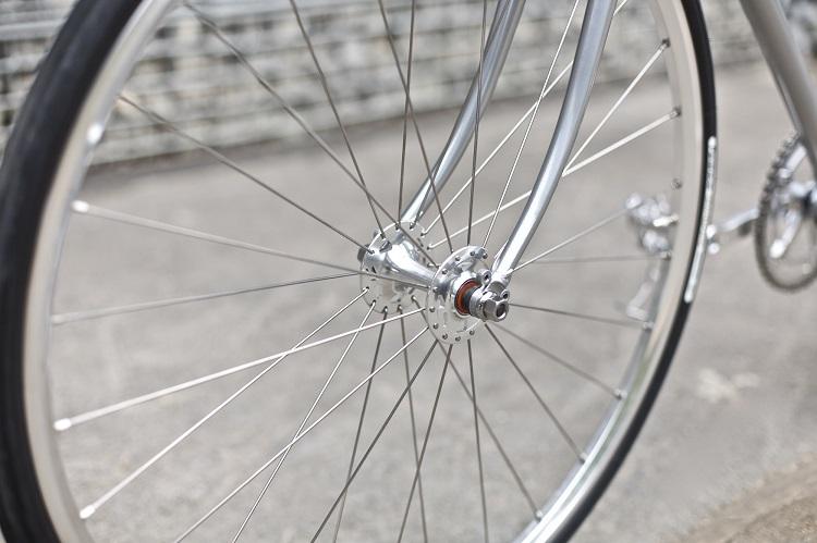 Freddie Grubb Releases The Fleet DB Silver Edition Road Bike-11