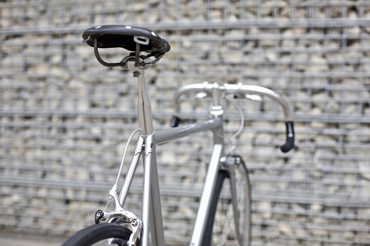 Freddie Grubb Releases The Fleet DB Silver Edition Road Bike-4