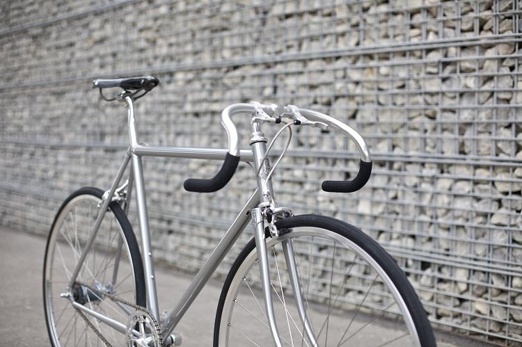 Freddie Grubb Releases The Fleet DB Silver Edition Road Bike-6