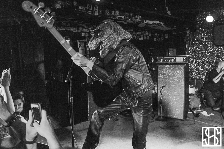 Guitar Wolf-1