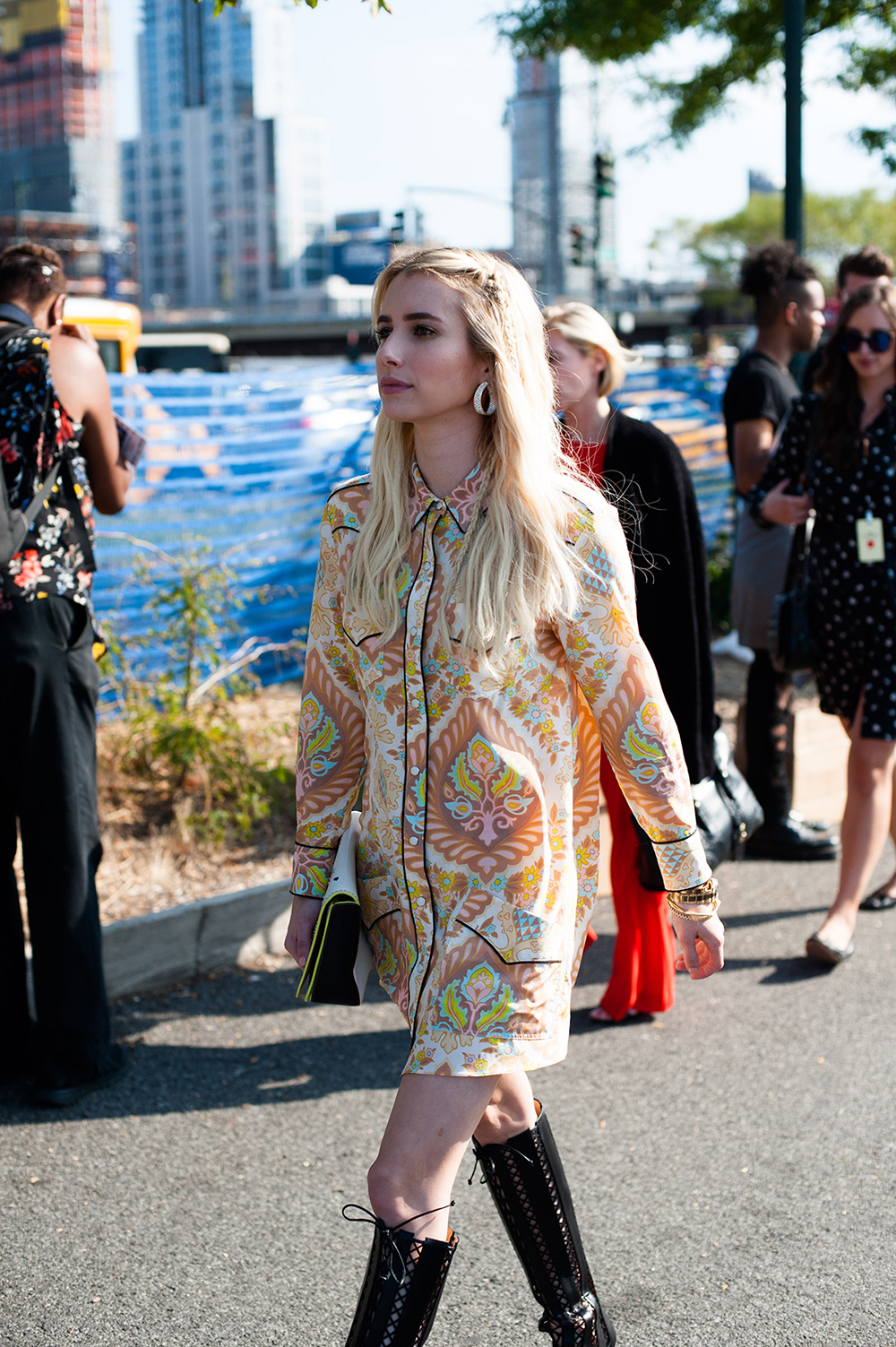 nyfw-street-style-emma-roberts