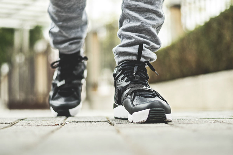 nike-air-trainer-max-91-anthracite-black-2
