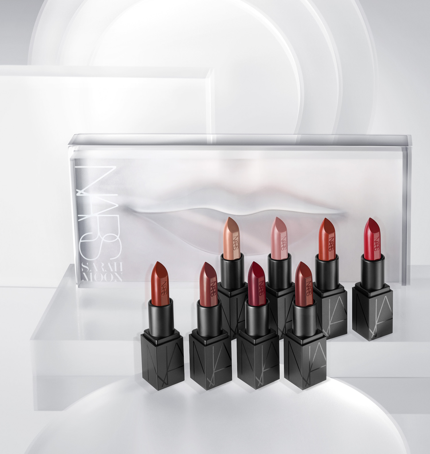 sarah-moon-for-nars-holiday-collection-3
