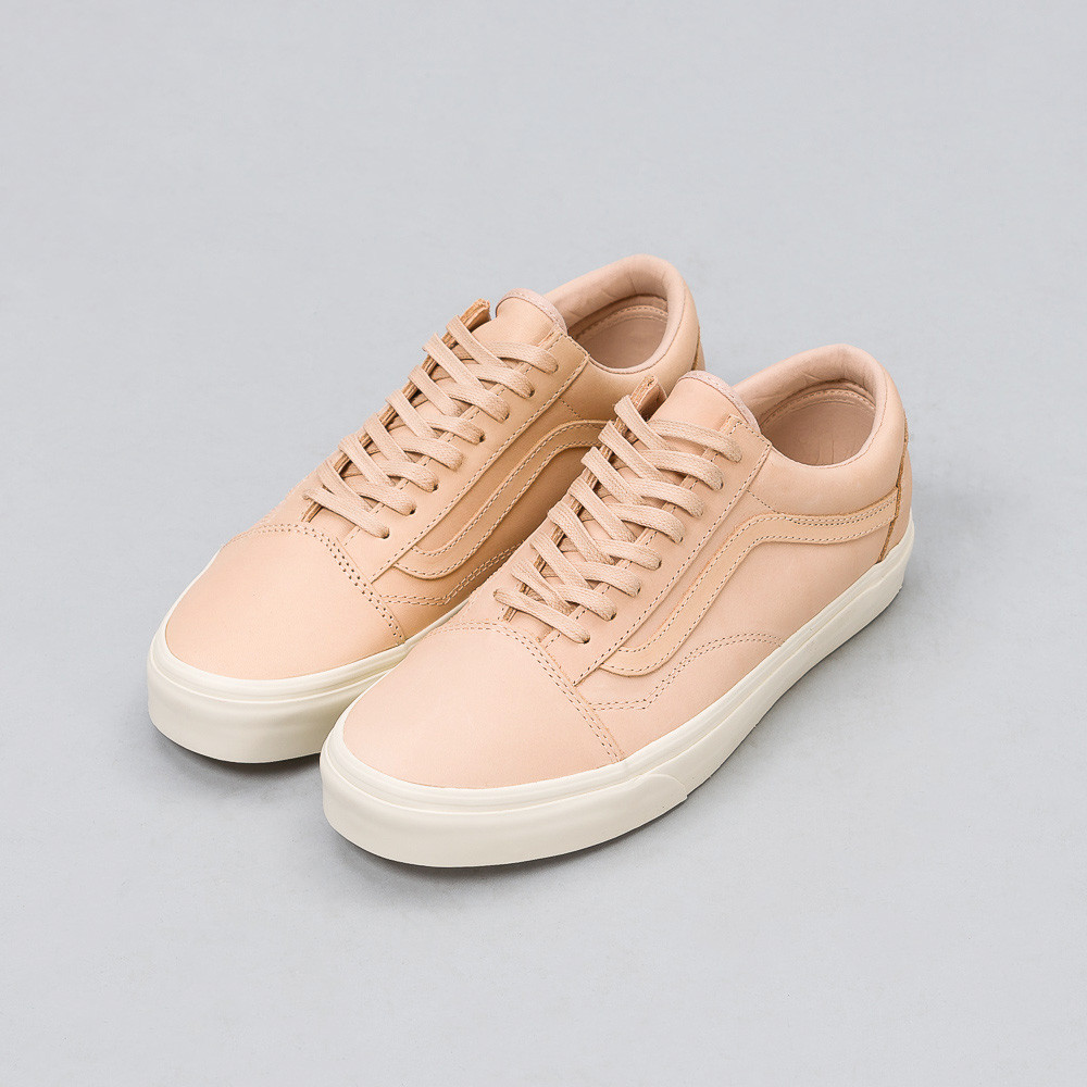 notre-chicago-vans-old-skool-dx-veg-tan-leather-8870_5f204422-8ed7-4f7b-8842-2aa9f45aa9a9